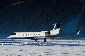 Ultra Long-Range Jets