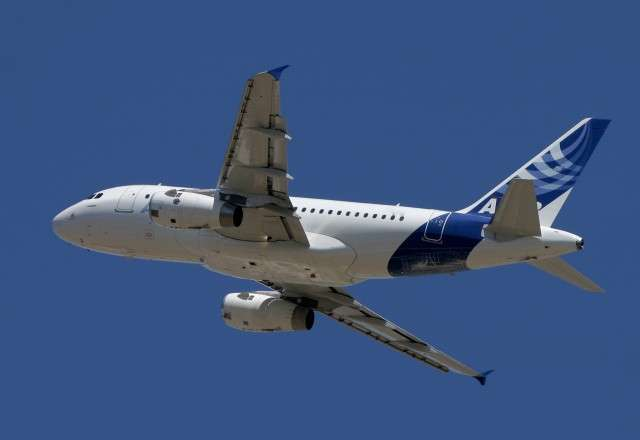 Book Airbus A318 for my Group