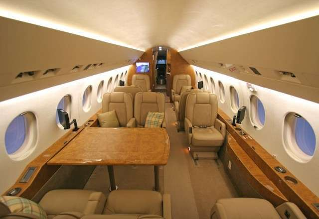 Private Falcon 2000 Jet