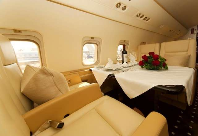 Private Challenger 850 Charter Jet