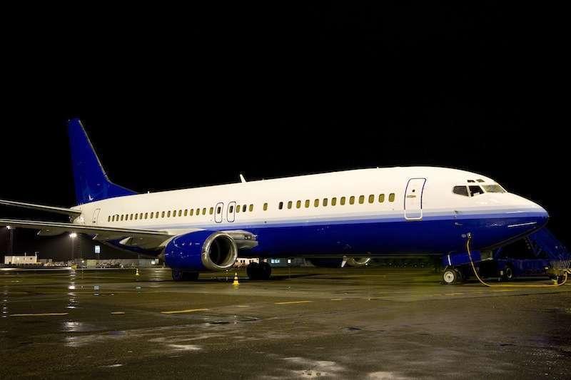 Boeing 737400 Charter Flights  Stratos Jet Charters