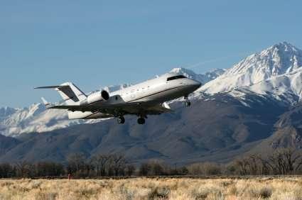 Challenger 604 charter flights