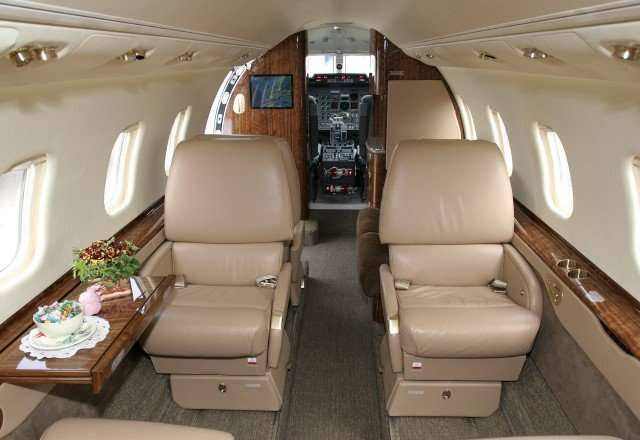 Lear 60 Interior layout