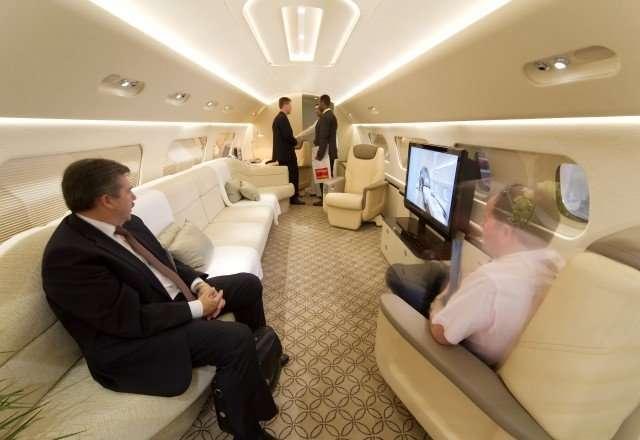 13 passenger Embraer Legacy