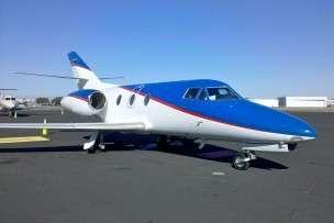 Falcon 10 charter jet
