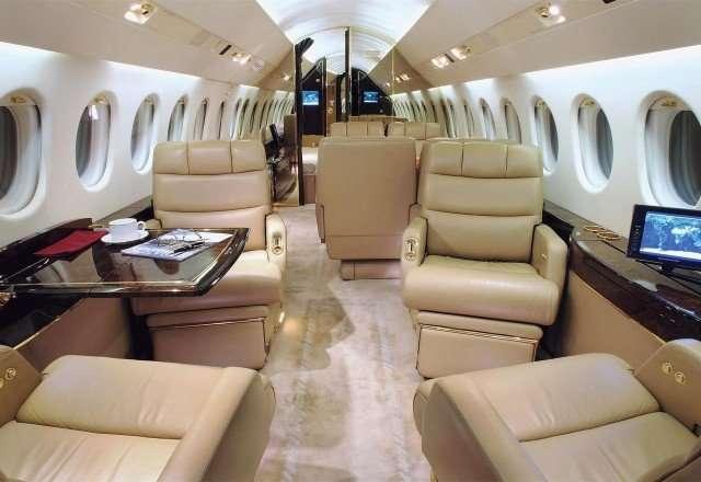 Luxury Charter Falcon 900 Private Jet