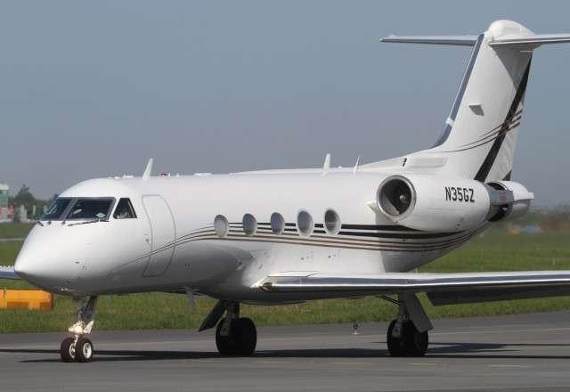 Gulfstream G3 Private Jet