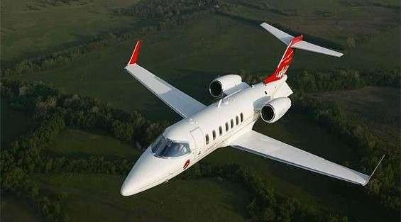 Lear 40XR charter jet