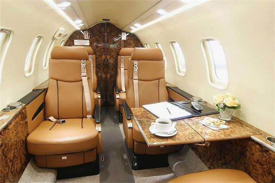 Lear 40 interior
