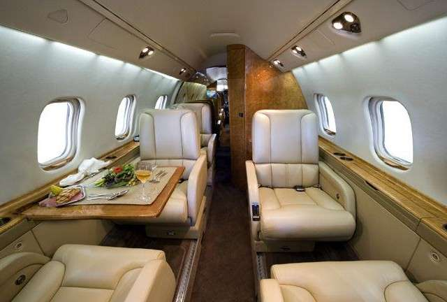 Charter Private Lear 55