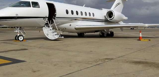 hawker business jets
