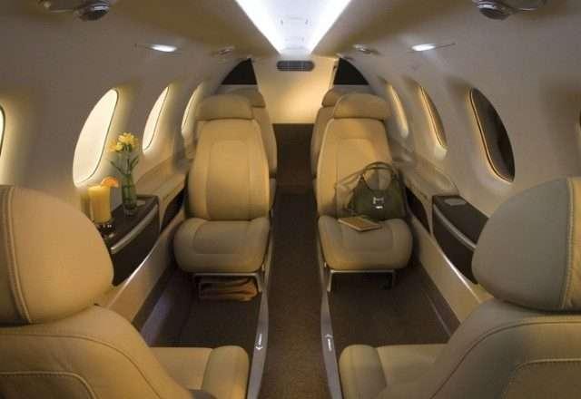 Embraer business jets_Phenom 300 interior