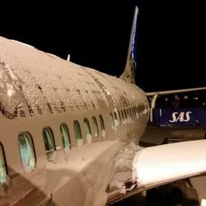 Private Jet Charter Services: What is De-icing?
