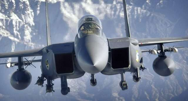 charter flights to palm beach F-15 fighter jet