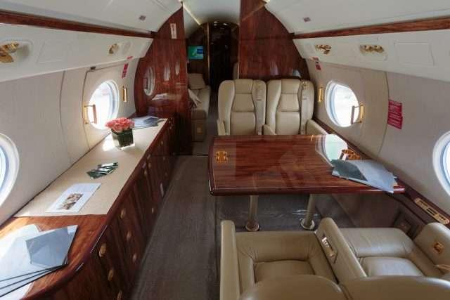 Gulfstream G550 Private Jet