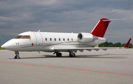 Challenger 604 private jet charters